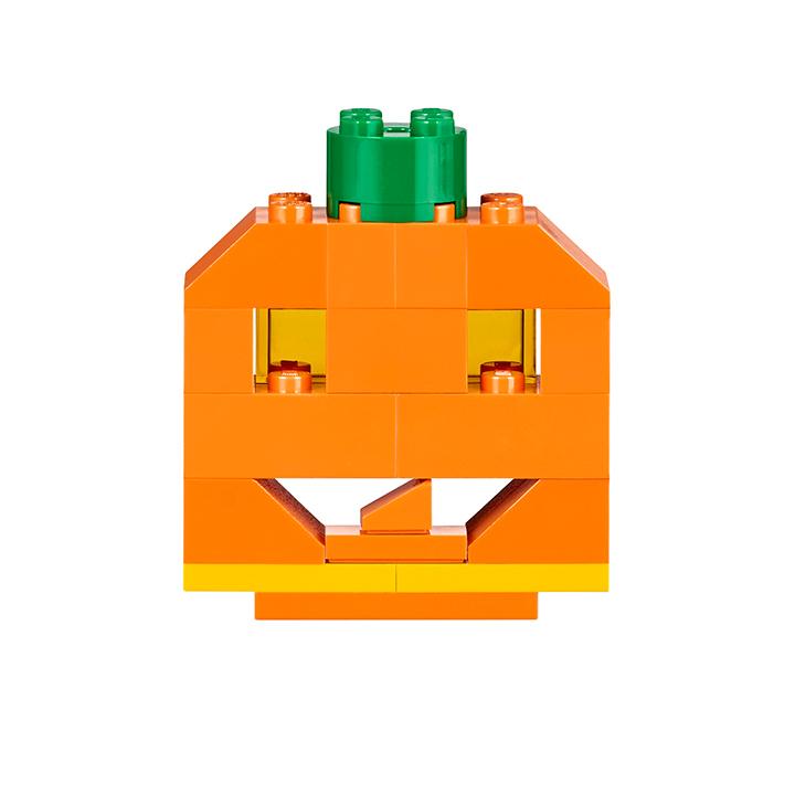 LEGO Classic Halloween Pumpkin